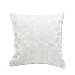 ANCIENT TEMPLES/A16 0072/CREAM/OUVRAGE-GEO/50x50cm CUSHION COVER