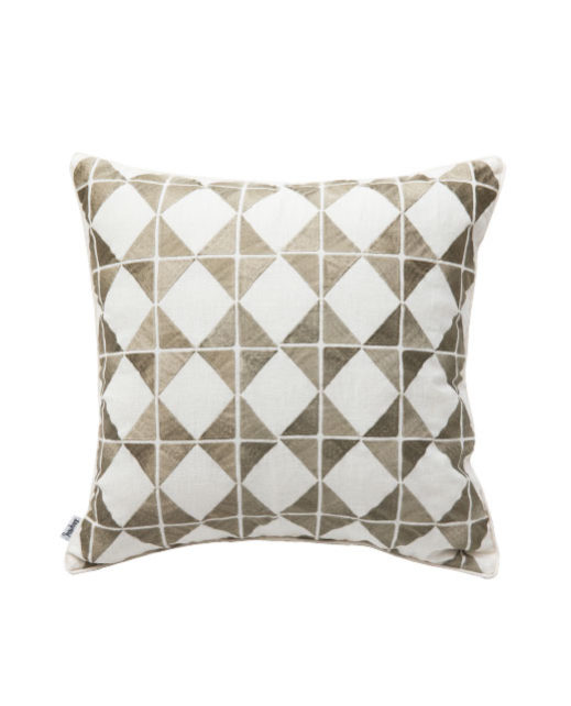 ANCIENT TEMPLES/A16 0073/SAND/OUVRAGE-GEO/50x50cm CUSHION COVER
