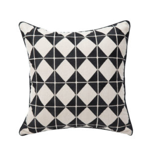 ANCIENT TEMPLES/A16 0071/BLACK/OUVRAGE-GEO/50x50cm CUSHION COVER