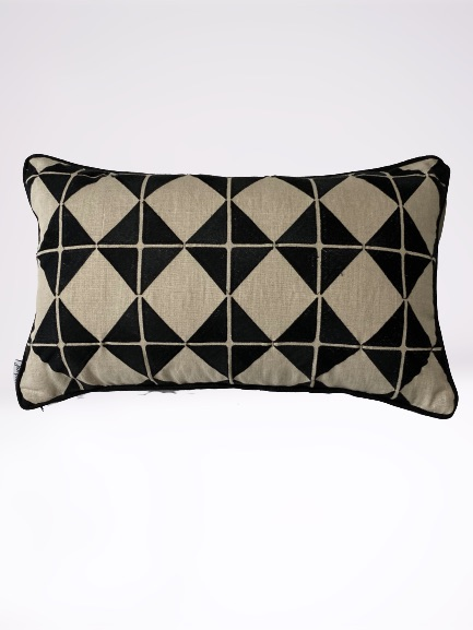 ANCIENT TEMPLES/A16 0087/BLACK/OUVRAGE-GEO/50x30cm CUSHION COVER