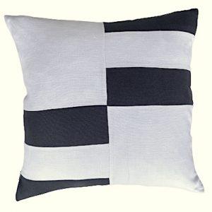 COASTAL HAVEN/SULTANAT NAVY/WHITE 60x60cm Cushion Cover F21 0418